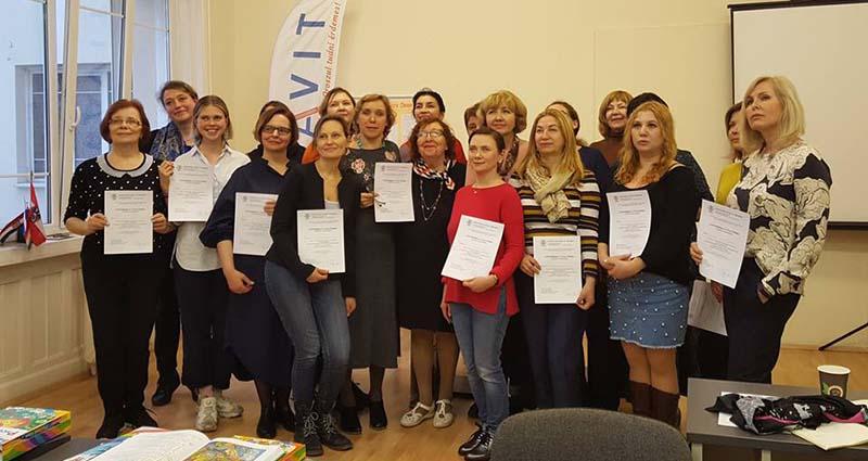 Orosznyelv-tanítás kétnyelvű gyerekeknek